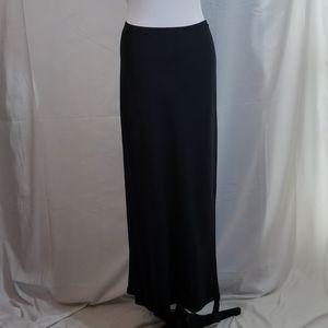EUC Old Navy Black Rayon Blend Maxi Skirt Size XL